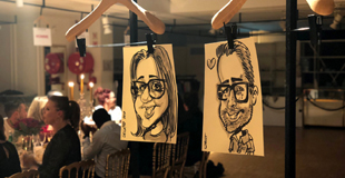 Duo de caricaturistes en animation de cocktail dînatoire à Paris (75)